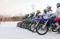 Обучение езды на мотоцикле в мотошколе зимой