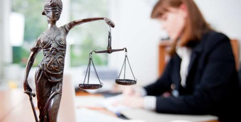 Юрист по спорам с застройщиками