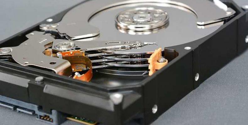 Как правильно и безопасно хранить информацию вне компьютера?